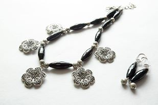 LAVMM08 Necklace Set