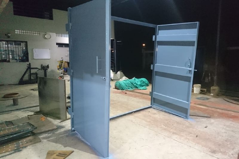 Mild Steel Wall Fixing Almirah Doors