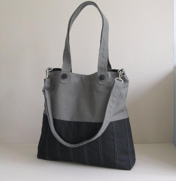 DES-CAN-0150 Ladies Fancy Handbag