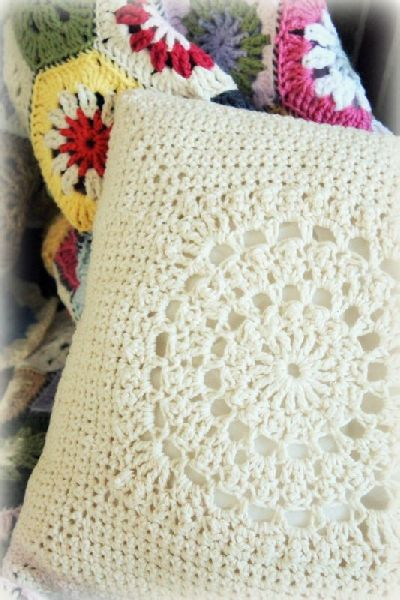 Printed Crochet Cushion Cover