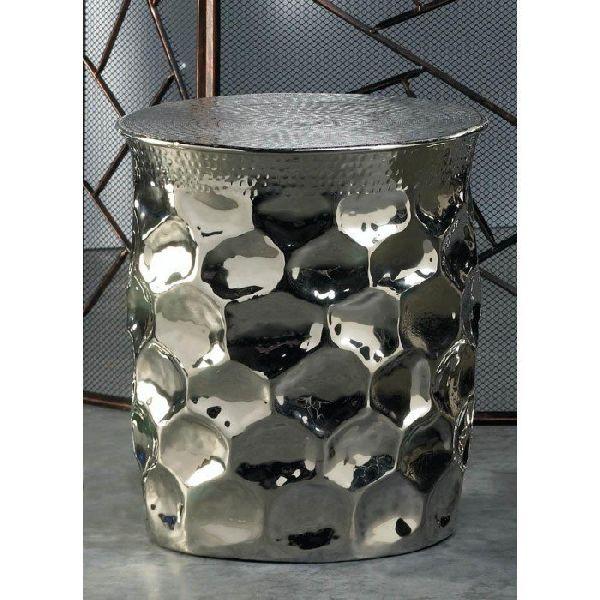 Metal Side Table 03
