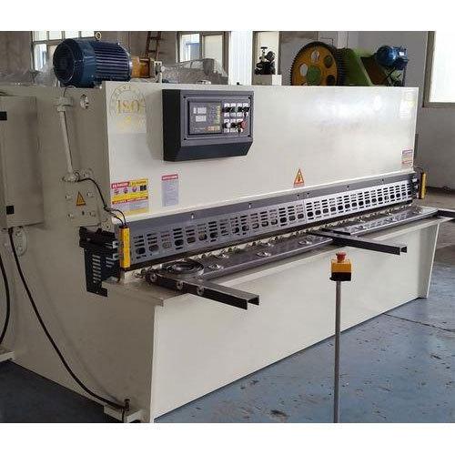 Industrial Shearing Machine