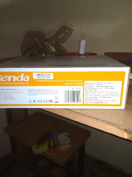 Tenda Wi-Fi Router 01