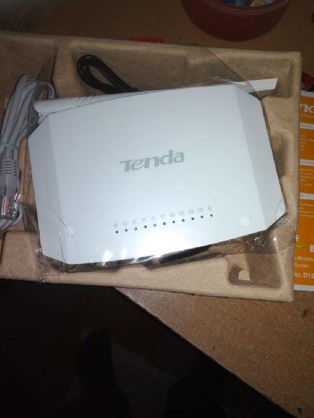 Tenda Wi-Fi Router 02