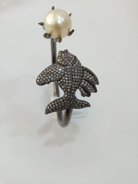 Fish Shaped Silver Stone Ring