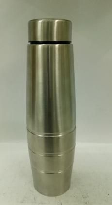 Steel Water Bottle 02