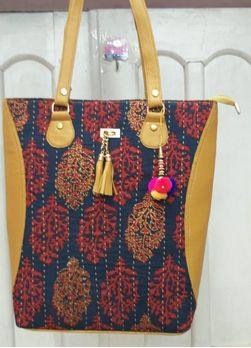 Printed Fabric Shopping Bags
