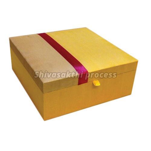 Cardboard Rectangular Saree Box