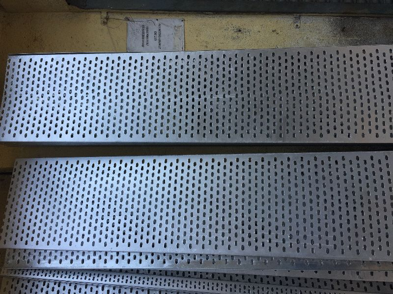 Galvanised Iron Perforated Cable Tray 01