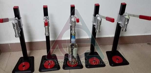 Manual Whiskey Bottle Crimping Machine