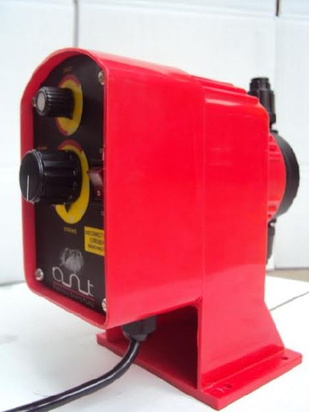 Electronic Dosing Pump 02