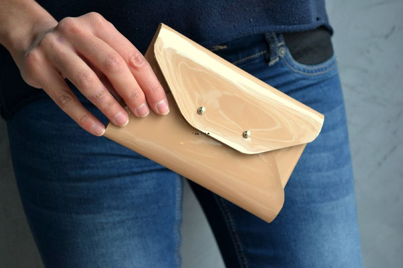 Leather Creamy Leather Coin Holder