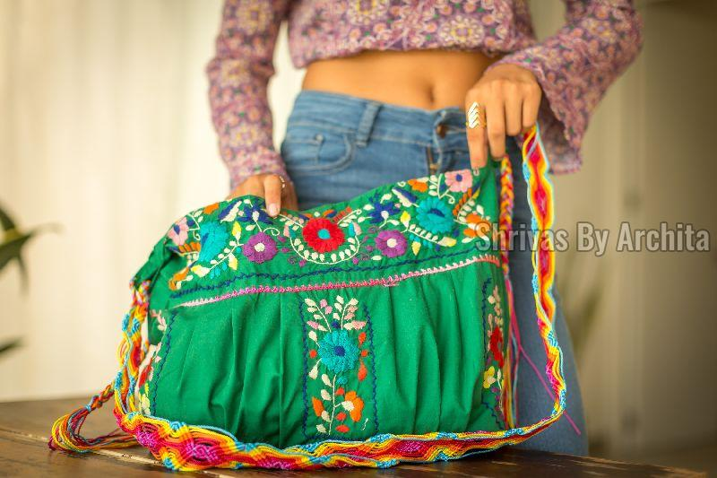 Embroidered Bag 01