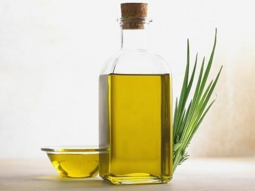 Yellow Palmarosa Oil