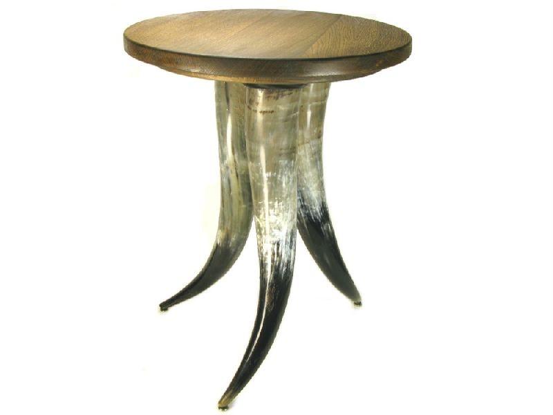 Horn Table 01