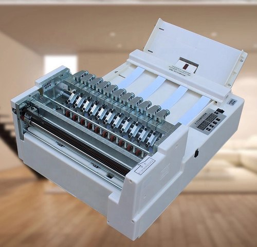 JINCUT A4 Sticker Cutting Machine