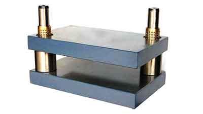 Diagonal Pillar Die Set