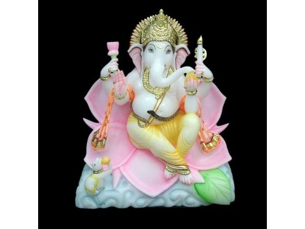 Ganesh ji Sitting on Lotus Idol