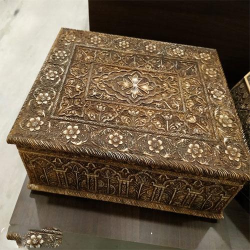 Wooden Handicraft Box