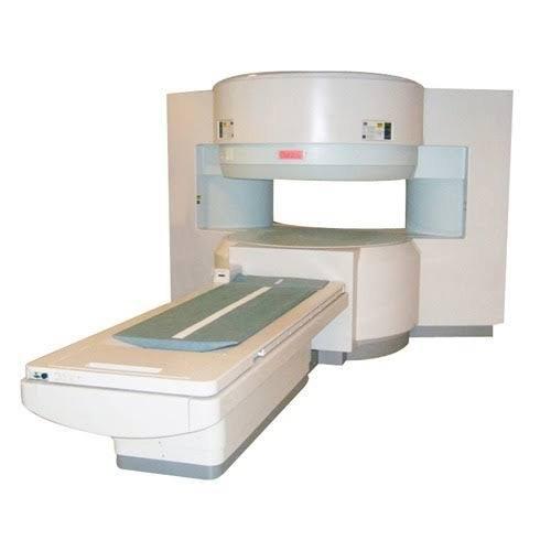 Hitachi Airis II MRI Machine