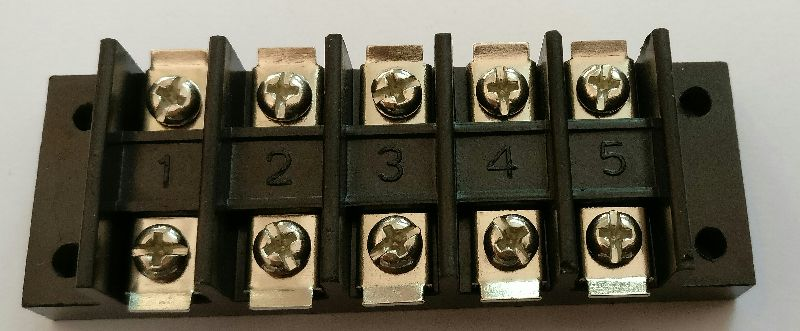 Bakelite Terminal Blocks 03