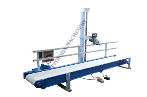 Packing Belt Conveyor & Stitching Machine