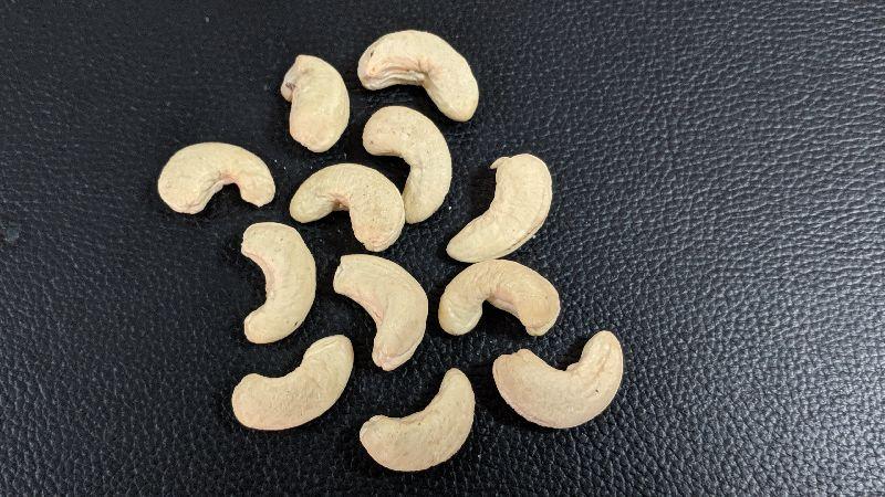 WW320 Cashew Kernels
