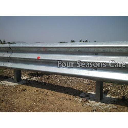 Three Beam Crash Barrier 01