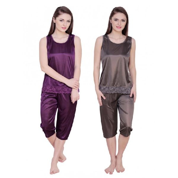Ladies Nightwear Capri Set