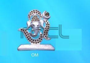 999 Silver Om Statue