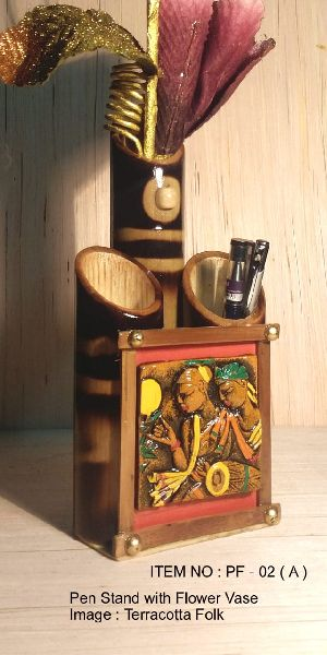 Bamboo Handicraft Pen Stand
