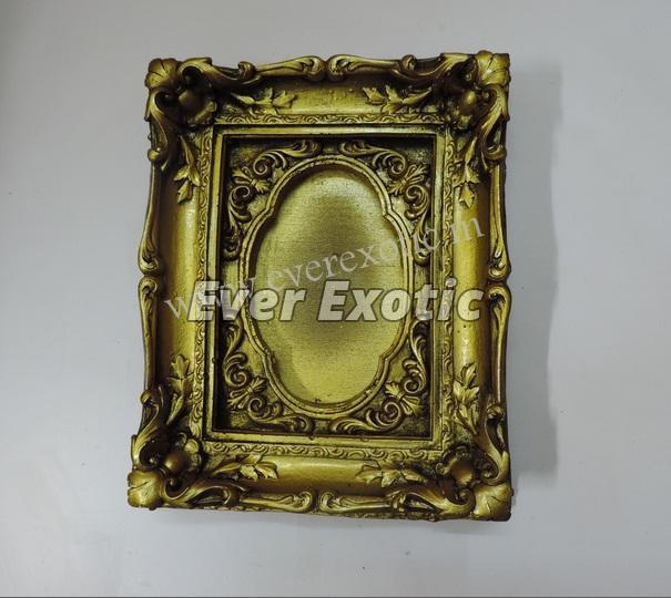 Decorative Photo Frame 09