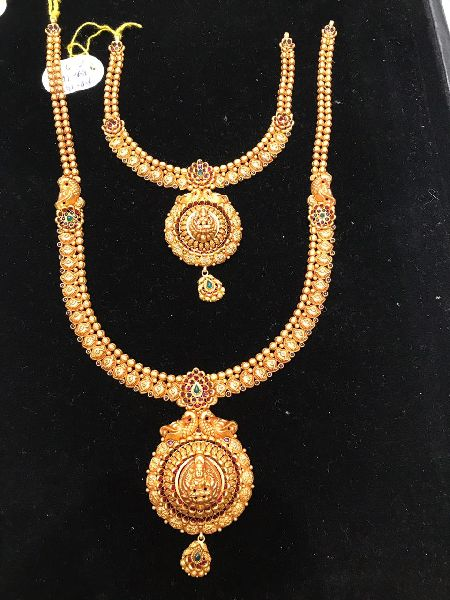 South Indian Traditional Gold Necklace Set Manufacturer Supplier