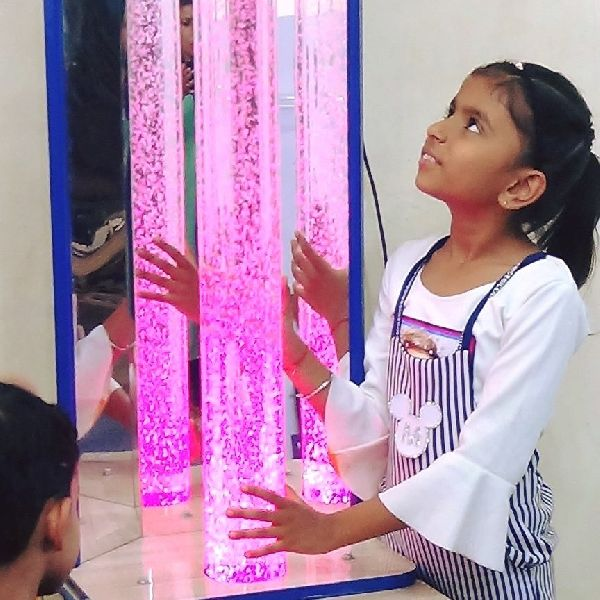 Bubble Column with Mirrors