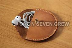 Earphone & Cable Holder