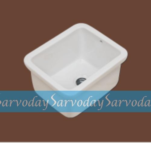 Lab Sink 01
