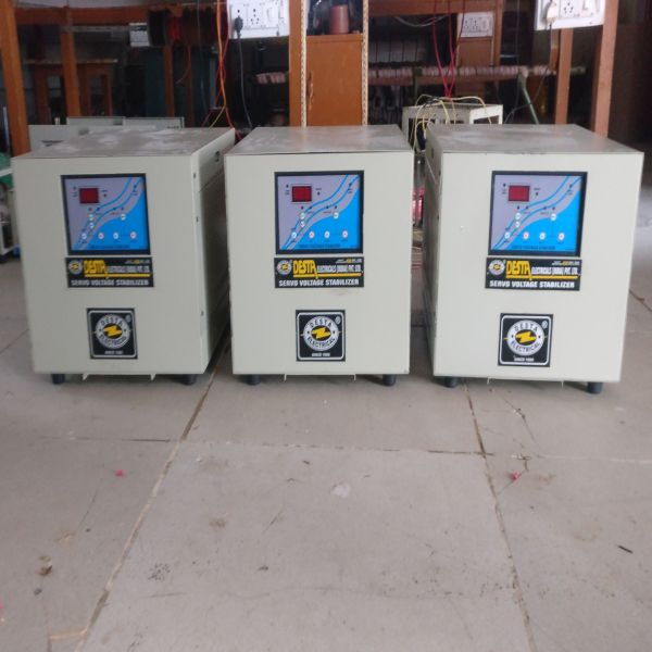 600 KVA Three Phase Servo Voltage Stabilizer