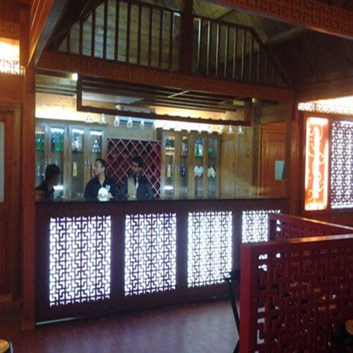Wooden Bar Restaurant
