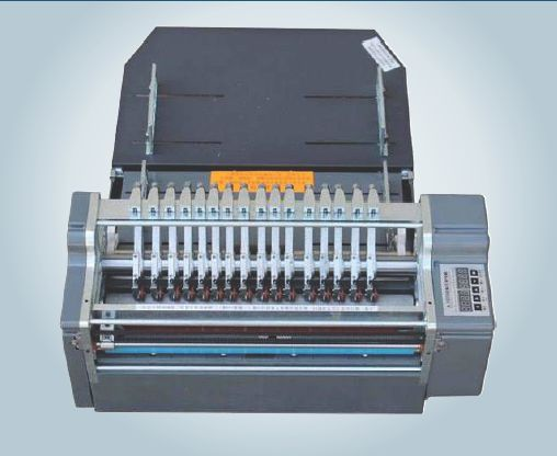 Automatic Sticker Half Cutting Machine