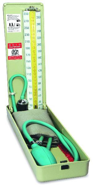 Table Model Mercury Blood Pressure Machine