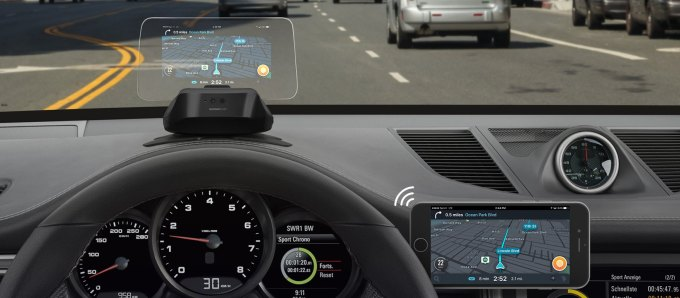 Hudway Cast Portable Heads Up Display Unit