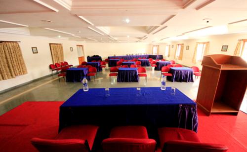Non AC Banquet Halls Services