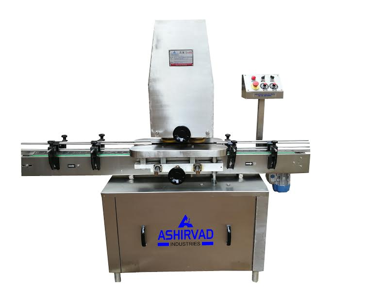 Automatic Linear Bottle Capping Machine