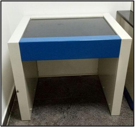 Anti Vibrating Table