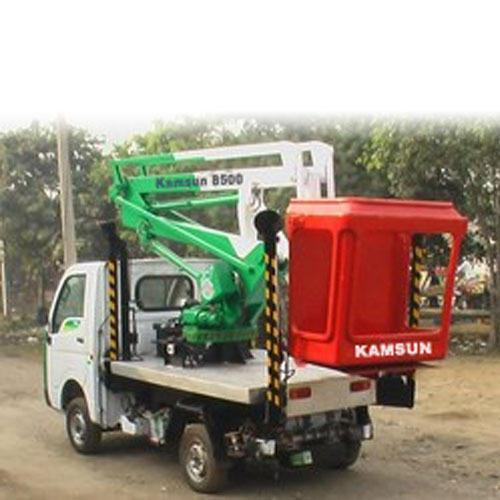 Articulated Boom Lift (7-9 Meters)