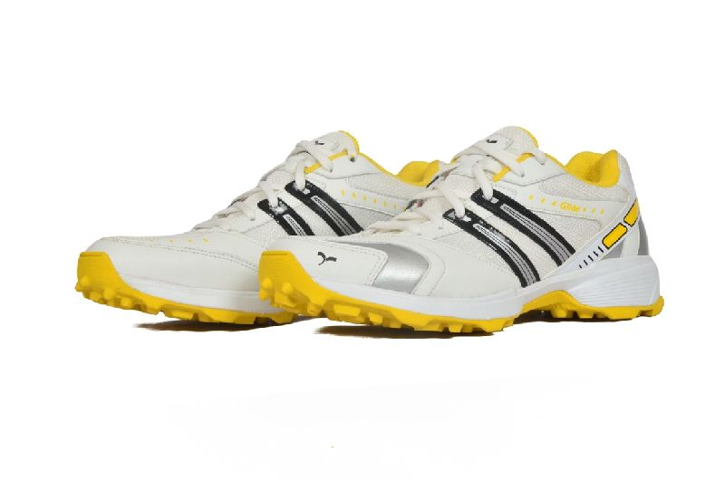 Glide Cricket Shoes