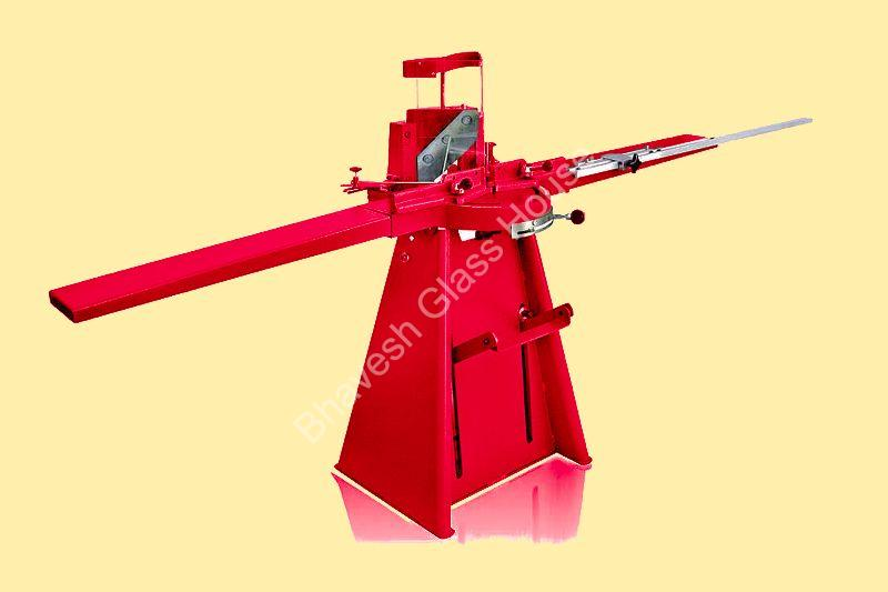 Pedal Cutting Machine