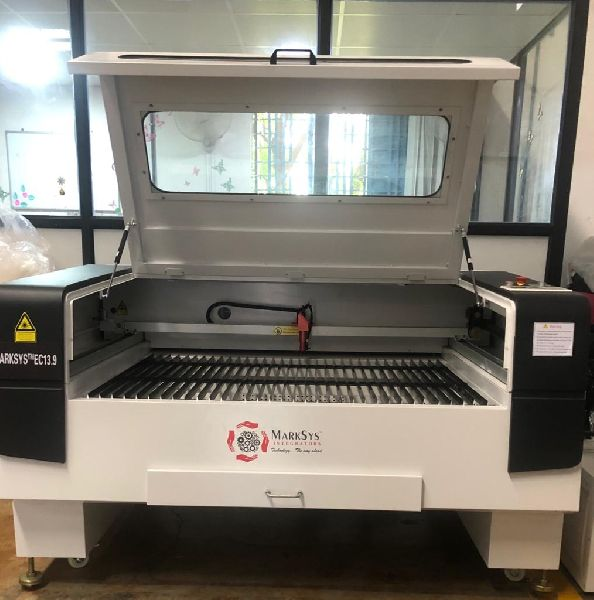EC 13.9 S Laser Engraving and Cutting Machine