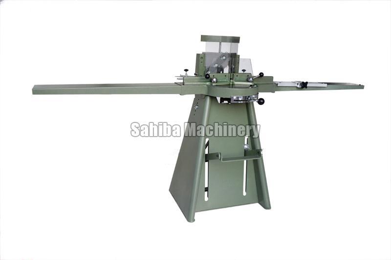Photo Frame Cutting Machine 02