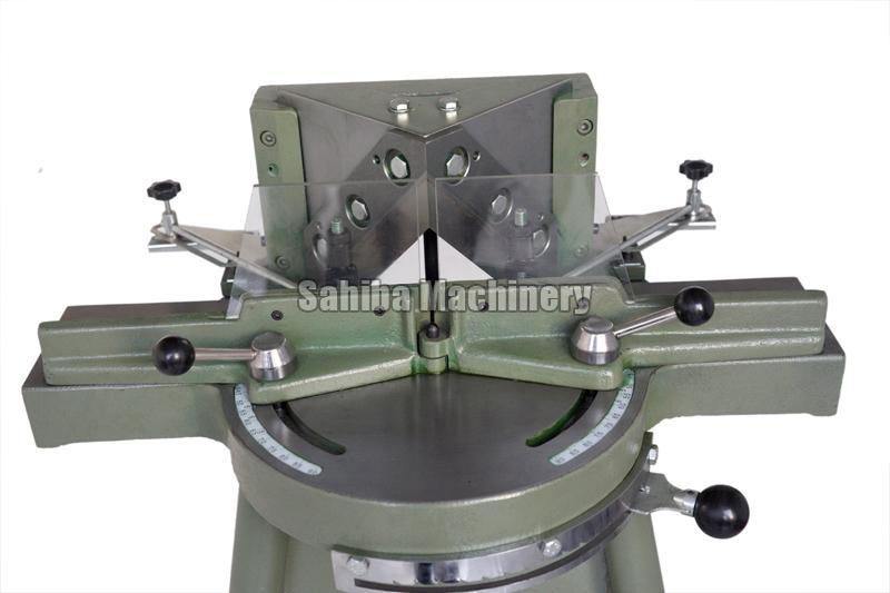 Photo Frame Cutting Machine 04